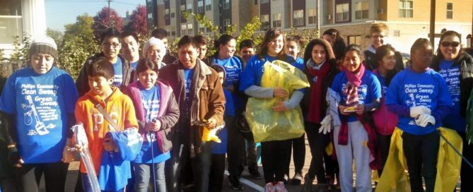 Community clean up volunteers